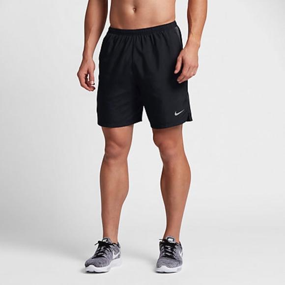 a76c59b514b5 Nike Mens Shorts Challenger Running 644242 X-Large